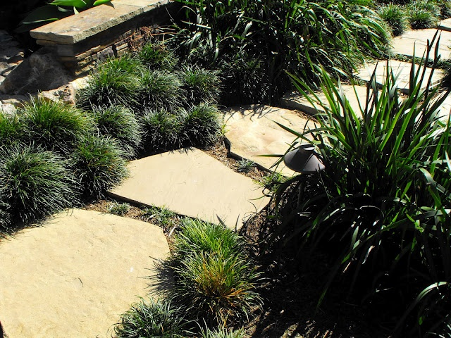 Stepping stone walkway steps pinterest - Stepping stones for walkways ...