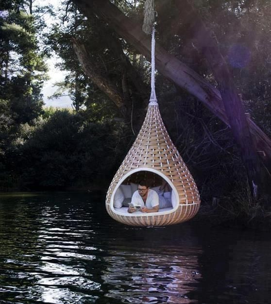 33 Amazing Outdoor Hanging Chairs : 33 Awesome Outdoor Hanging Chairs With White Bed Pillow And Forest View