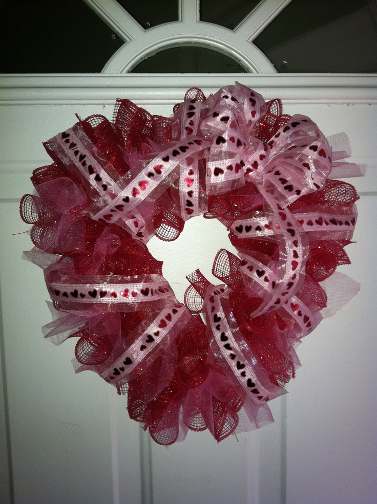 valentine's day mesh wreath