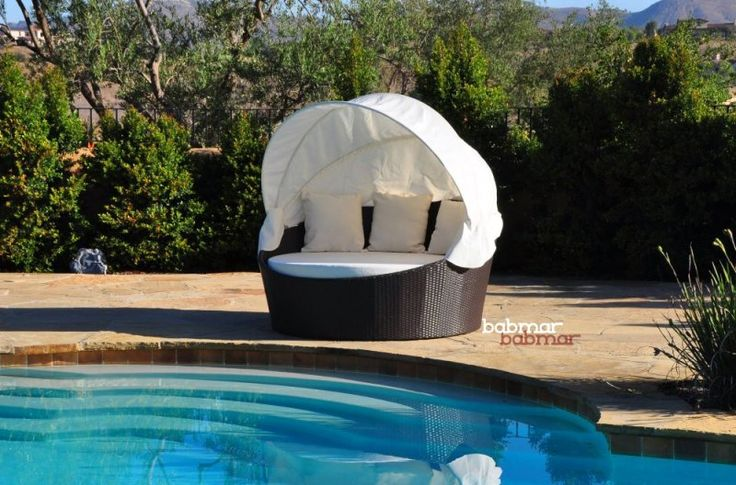 Pool daybed with canopy home is where my heart is for Outdoor pool daybeds