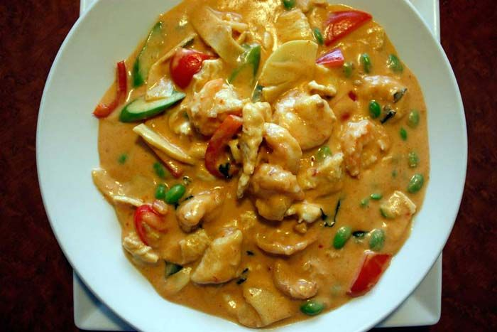 Thai coconut red curry with chicken and shrimp mmmmmm