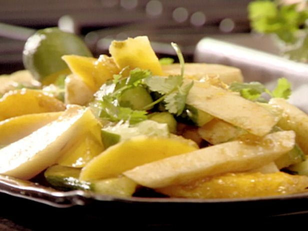 Crunchy Jicama and Mango Salad with Chile and Lime | Recipe