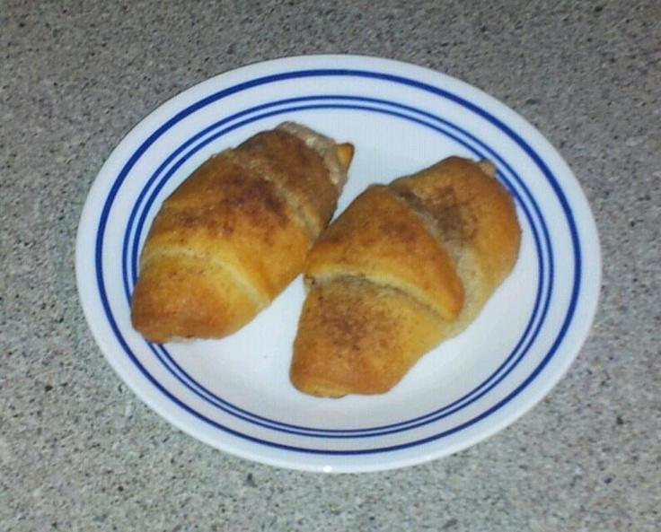 Cinnamon Sugar Cream cheese filled Crescent Rolls with Cinnamon Sugar ...