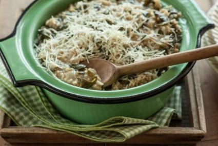 Hearty Garlic Greens Recipes — Dishmaps