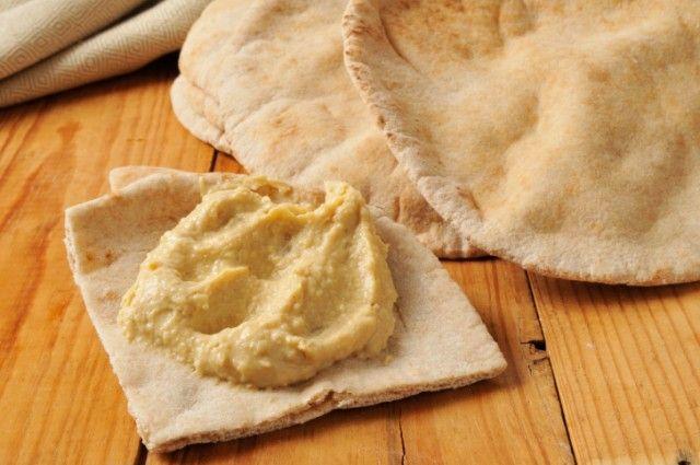 Lemon garlic hummus | Someone Make Me This! | Pinterest
