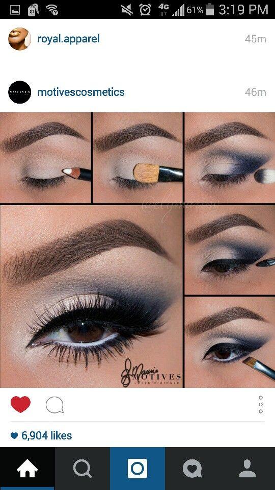 Makeup for navy blue dress