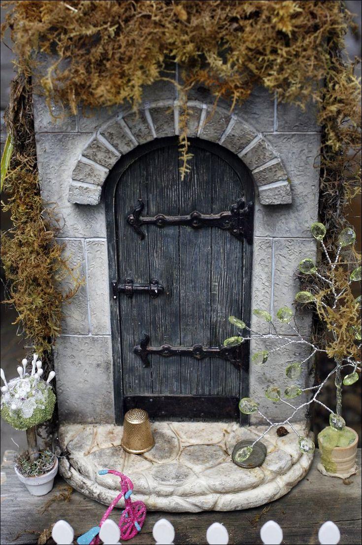 Gnome door for against tree bottom for Fairy pixie doors