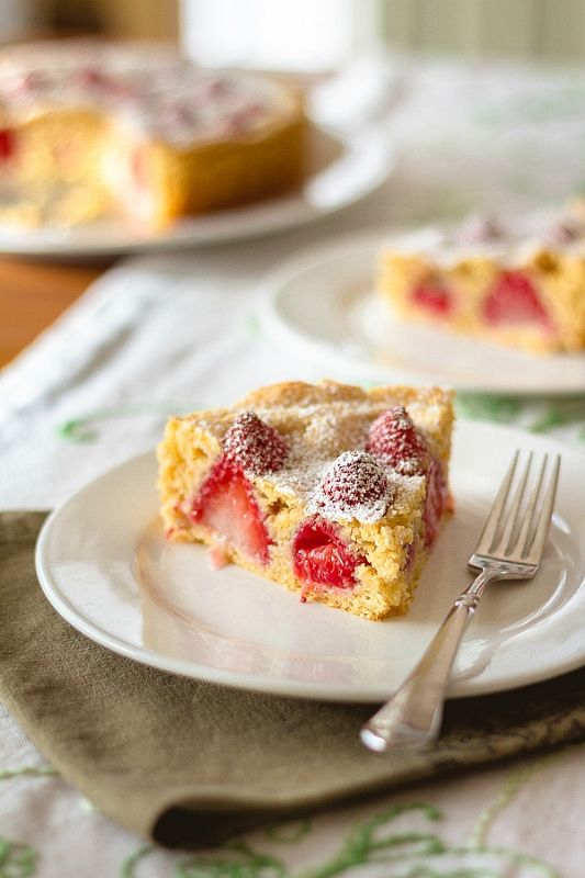 for 6/21/13 - Strawberry Cobbler Cake Recipe - with strawberries ...