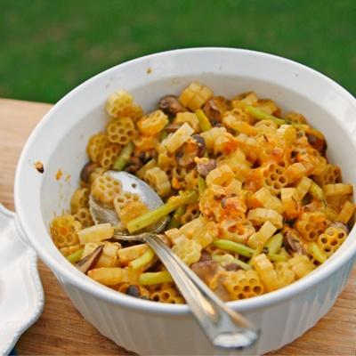 Mushroom, Wax Beans and Cheddar Pasta Bake