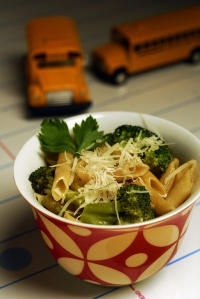 School night suppers! Garlicky whole wheat penne with tons of roasted ...