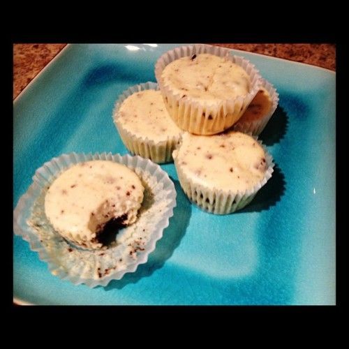 Cookies & Cream Cheesecake Cupcakes http://www.handletheheat.com/2010 ...