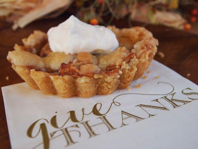 Rustic Brown Bag Apple Pie. Love this gals blog!! My Girlfriends best ...