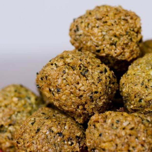 Fava Bean Falafel Recipe | Vegetarian/Vegan | Pinterest
