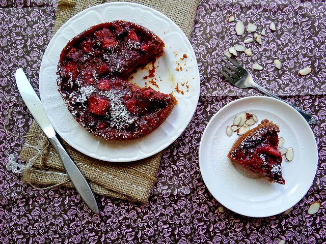 strawberry almond breakfast cake | Breaky | Pinterest