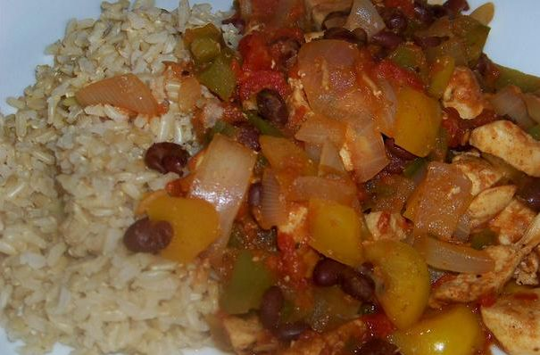Slow Cooker Spicy Chicken Creole - EASY and TASTY! www.getcrocked.com