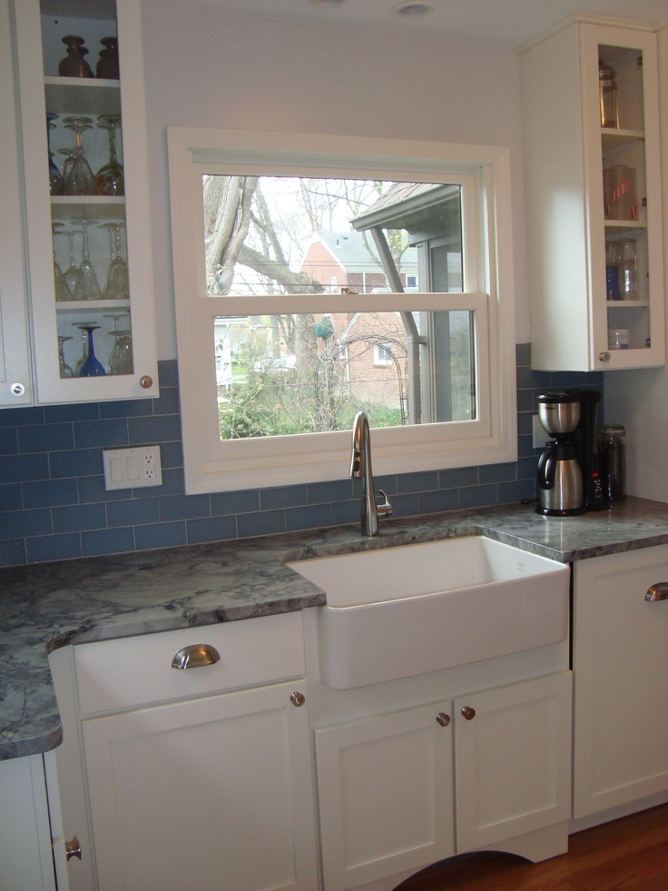 Quaint kitchen in huntington woods mi for Quaint kitchen designs