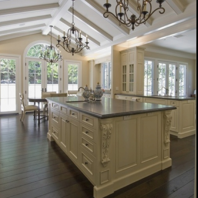 Beautiful country kitchen decorating ideas pinterest for Beautiful country kitchen pictures