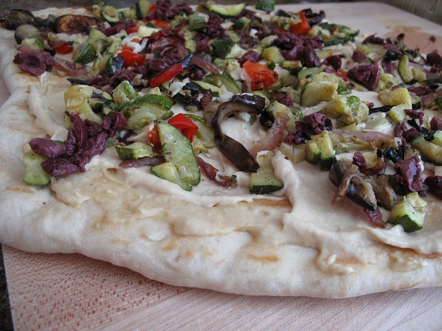 Hummus Pizza | You gonna eat that??? | Pinterest