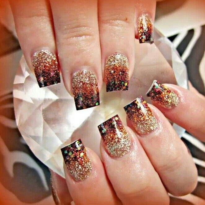 Fall Nail Art Autumn Leaves On Glitter Gradient Food Pinterest