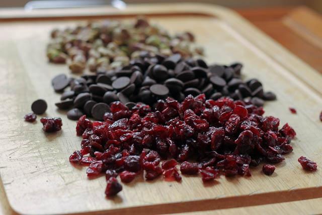 dark chocolate + pistachio biscotti