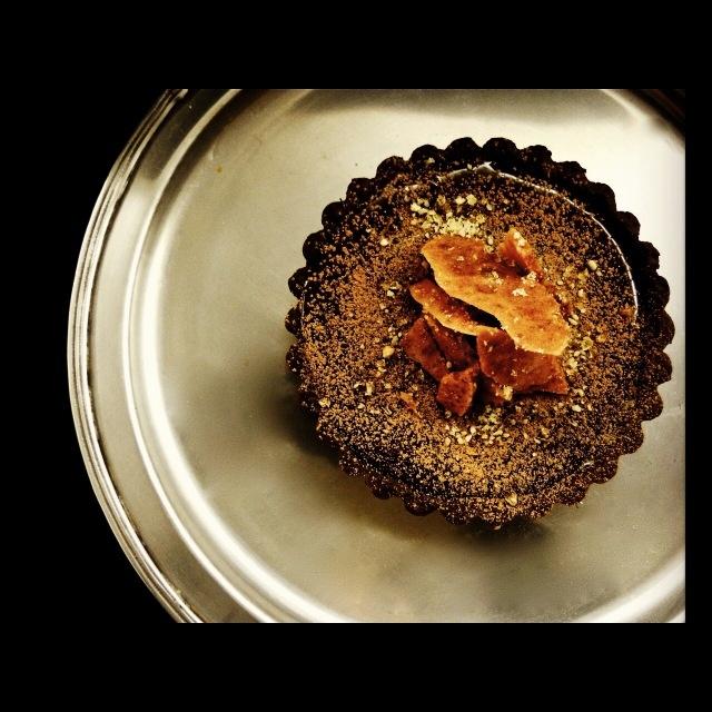 BITTERSWEET CHOCOLATE TART WITH HAZELNUT PRALINE + HONEYCOMB SHARDS