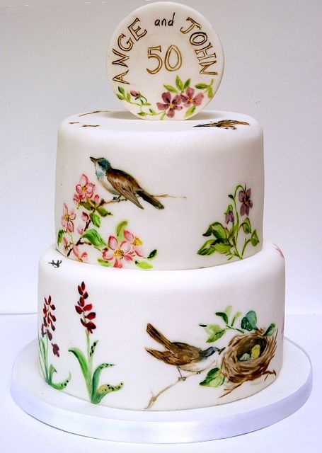 Hand Painted Bird Cake by Betty´s Sugar Dreams
