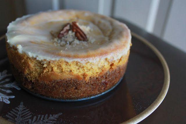 bourbon pumpkin cheesecake | Baked Delights | Pinterest