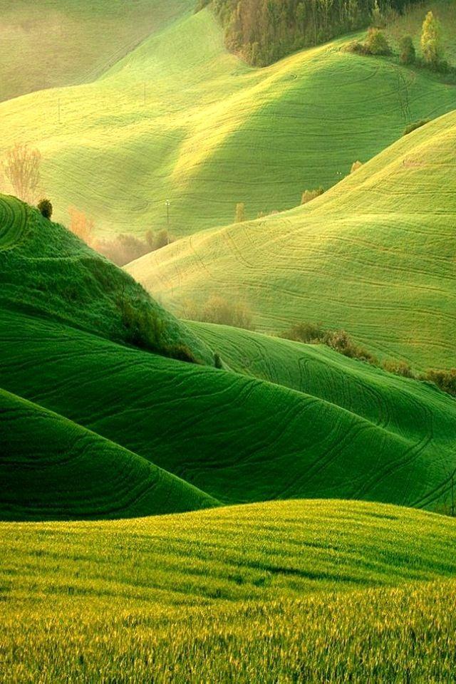 Rolling green hills | Glamorous Glimmering Green | Pinterest