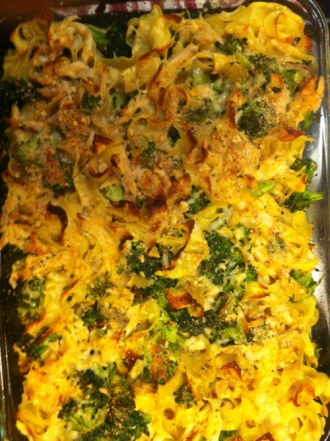Broccoli, Chicken, Noodle Casserole | Food | Pinterest