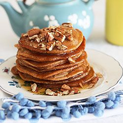 maple syrup and toasted pecans - a healthy treat for breakfast #Spicy ...
