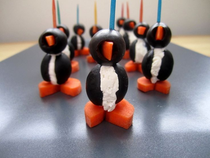 Black Olive and Cream Cheese Penguins: These look cute enough to eat!