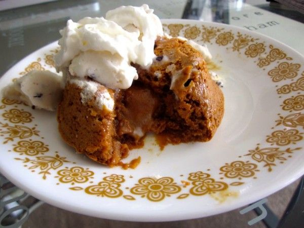 Molten Dulce de Leche Cakes | Cake & Frosting | Pinterest
