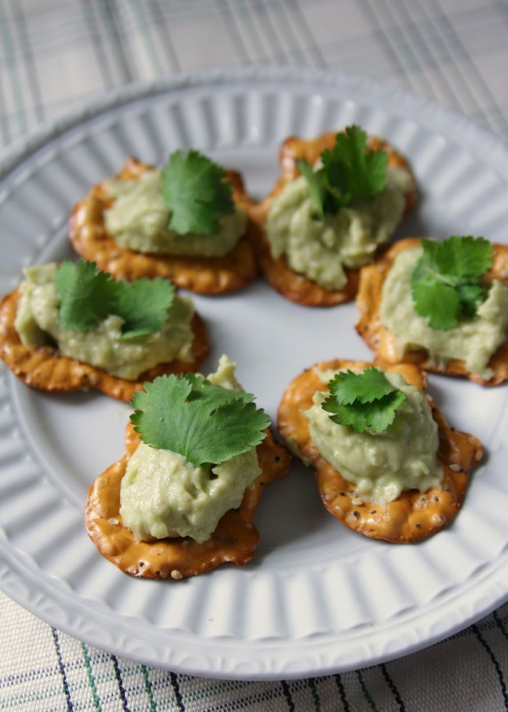 Avocado & White Bean Hummus: 1 can white beans, 1 avocado, juice of 1 ...