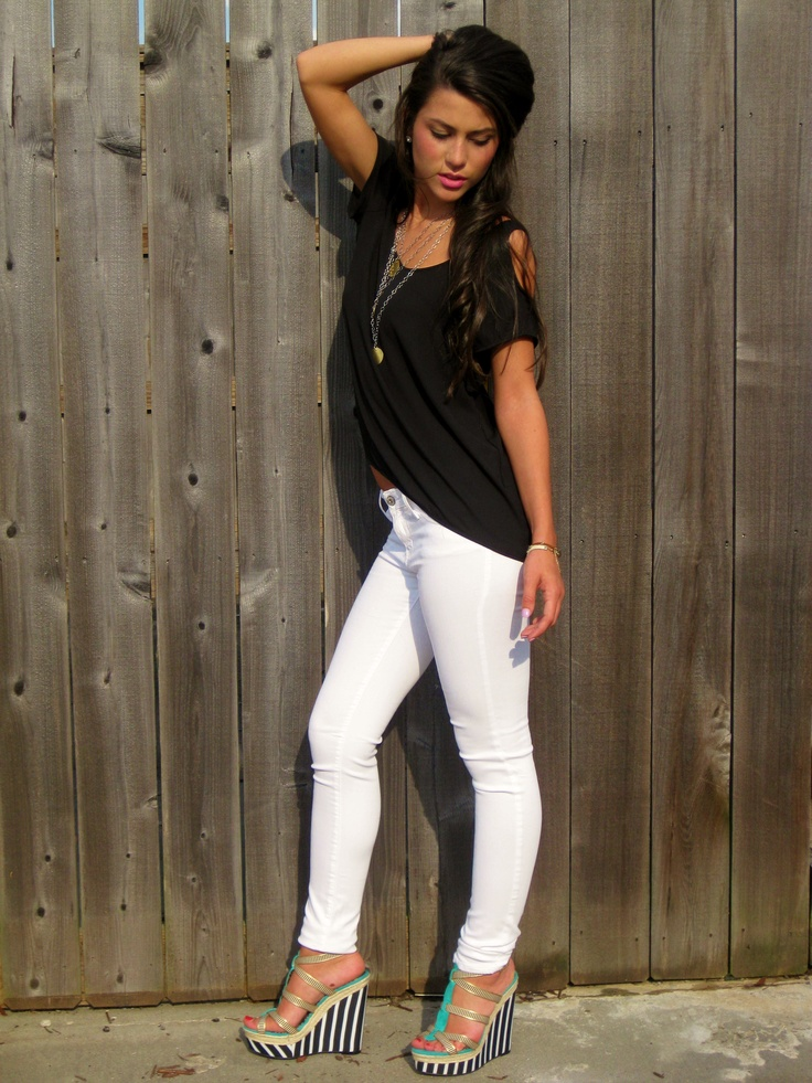 Black Top and White Jeans | Girlu0026#39;s fashion | Pinterest