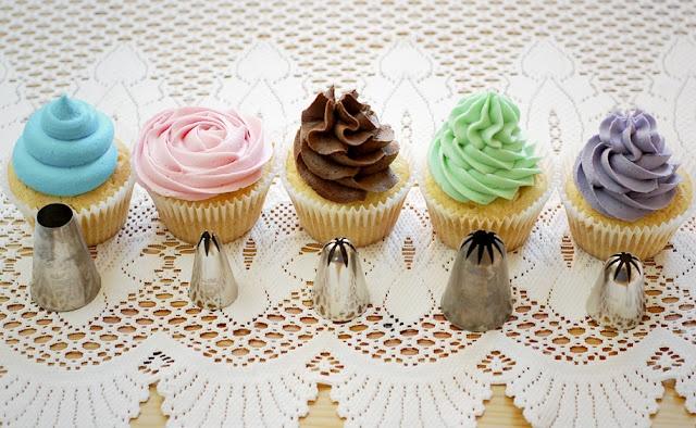 Как сделать крем на украшение кексов