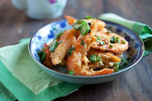 Salt and Pepper Shrimp | Easy Asian Recipes at RasaMalaysia.com ...