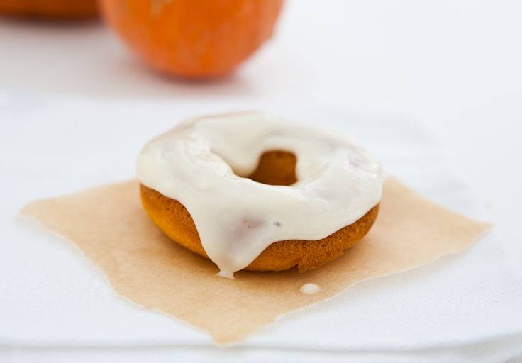 Baked Pumpkin Donuts with Cream Cheese Maple Icing by EclecticRecipes ...