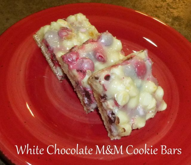 Whit Chocolate M&M Cookie Bars | cool foods | Pinterest
