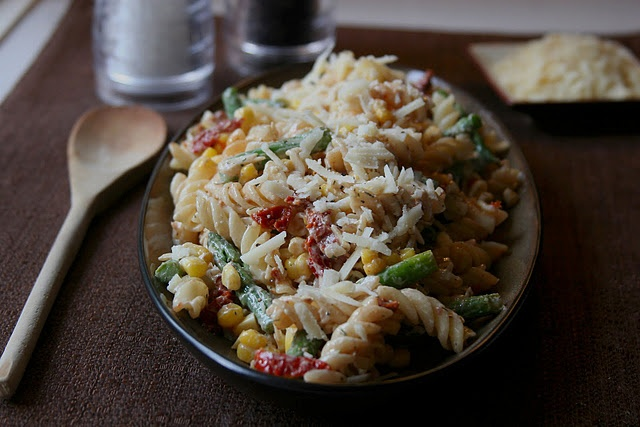 Sun-dried Tomato and Asparagus Pasta Salad