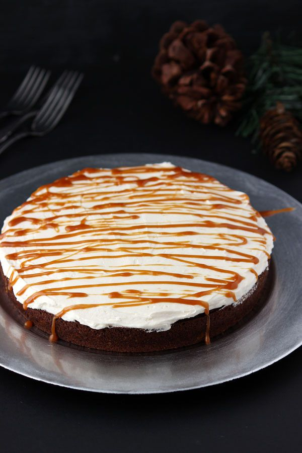 Gingerbread Cake with Molasses Buttercream {Holiday Classic} - Blahnik ...