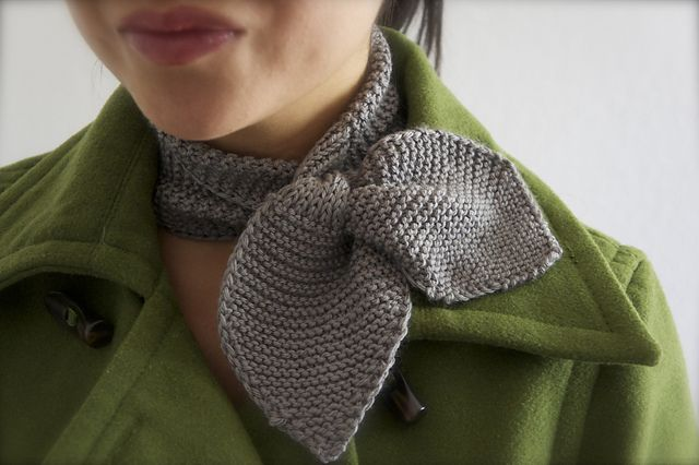 Knitting Patterns For Collar Scarf : Knitted Neck Scarf pattern Knits for extremities Pinterest