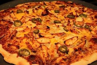 BBQ Chicken Pizza | Chicken | Pinterest
