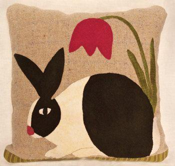 Knot Your Nana's Crochet: Bunny Paw Applique/Lucky Rabbit Foot