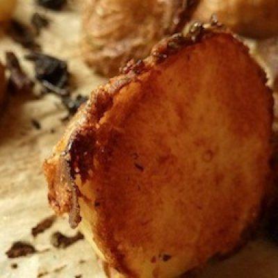 Crispy Roasted Potatoes with Rosemary & Shallots