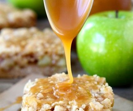 Salted Caramel Apple Crumb Bars   Dare to be Square(s)   Pinterest