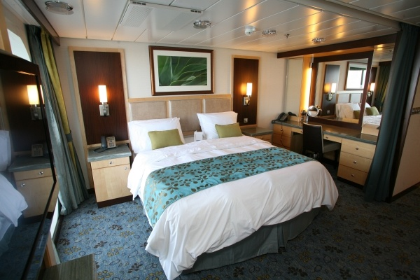Oasis Of The Seas Grand Suite Bedroom Royal Caribbean