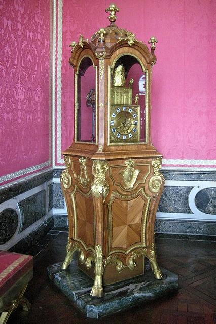 Versailles: Château de Versailles - Salon de Mercure - Clock with Automations