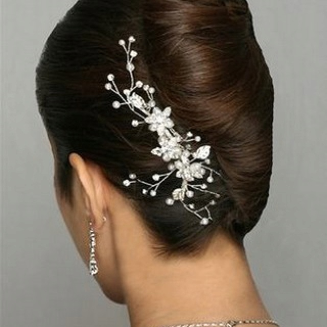 Bridal Hair Accessories For Buns : Bridal french twist c h i hairstyles