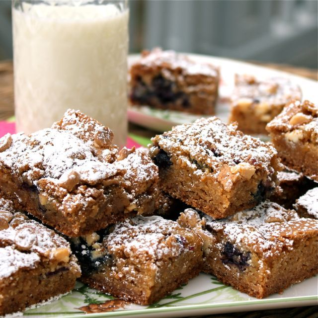 Blueberry White Chocolate Blondies- it's blueberry season in Minnesota ...
