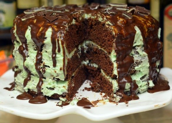 Mint Chocolate Chip Cake | Food & Drinks | Pinterest